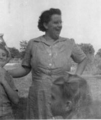 Thelma_crown_1947 cropped