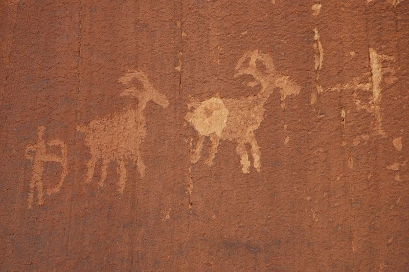 Kane creek petroglyphs_low