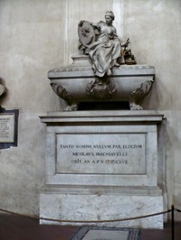 Machiavelli_tomb_low_2