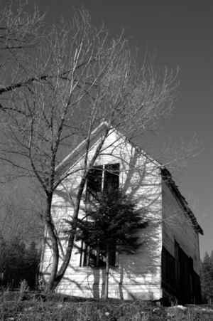 Meadowcreek_house_bw